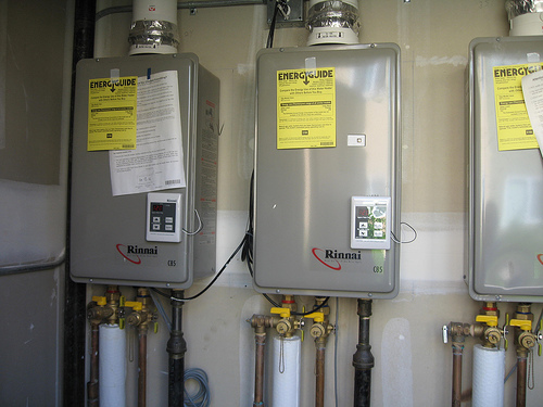 Things To Consider While Choosing A Tankless Water Heater